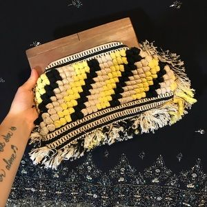 🌟Vintage Woven Wooden Hand Clutch Purse